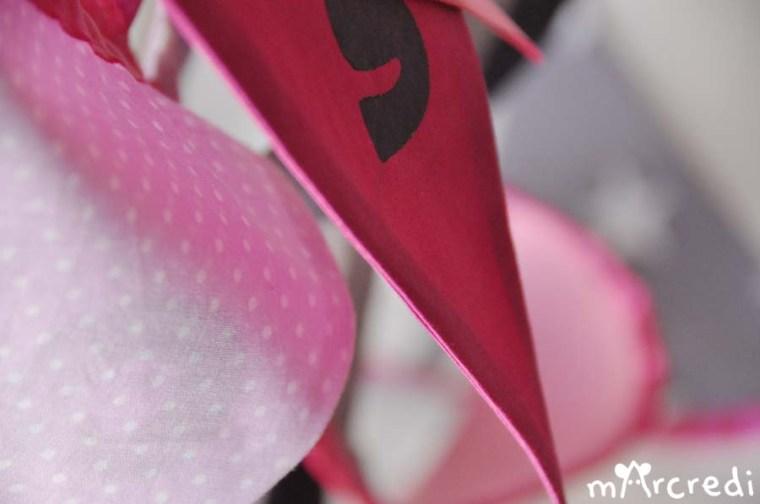 guirlande fanions rose flou