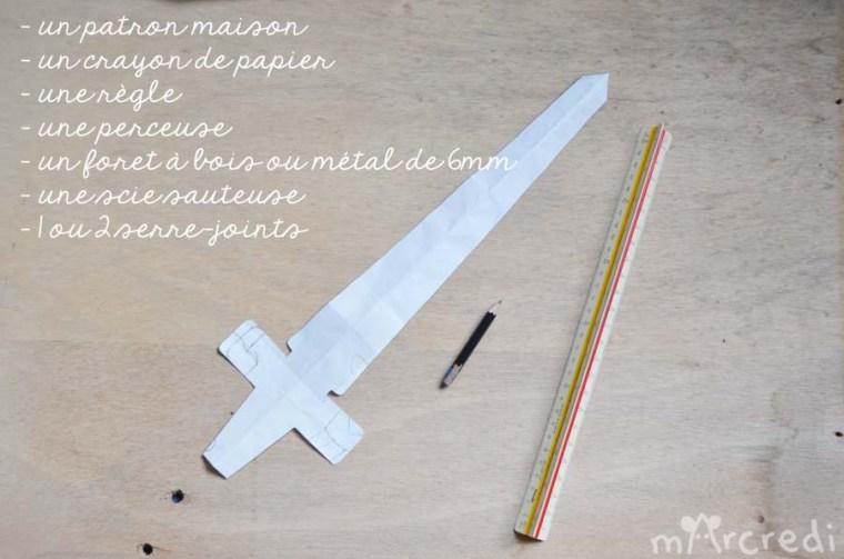 épée bois E1