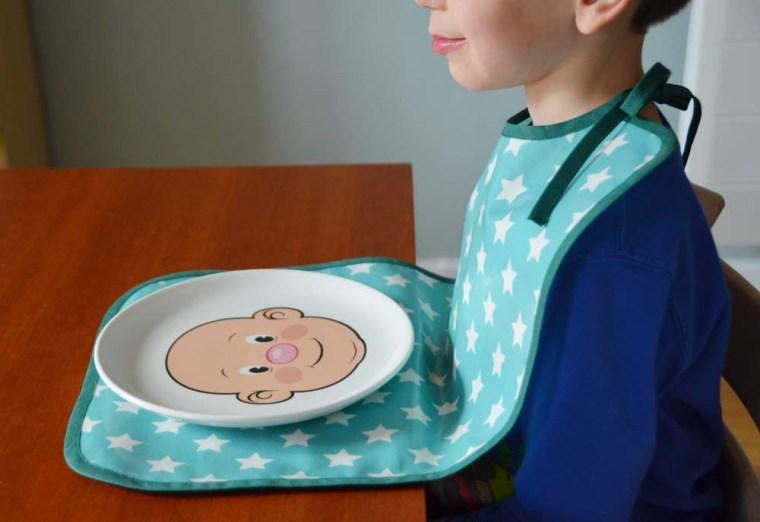 bavoir grand etoile assiette