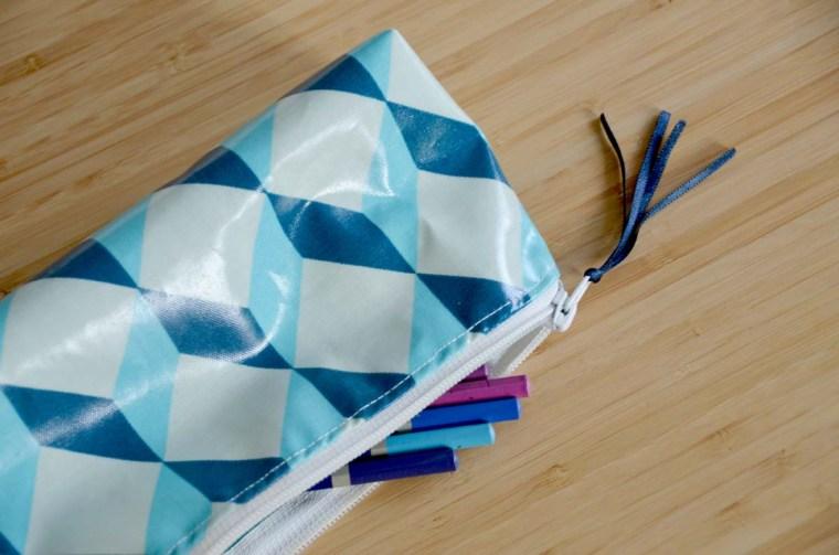 trousses géométrique bleu