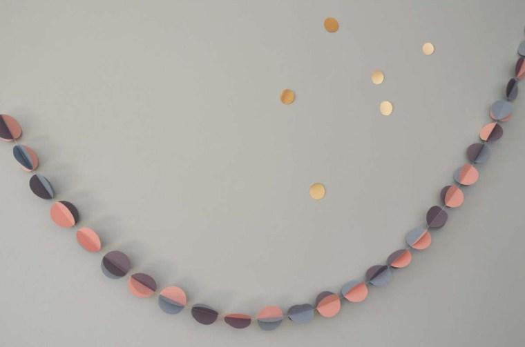 guirlande-papier-rose-parme-wall