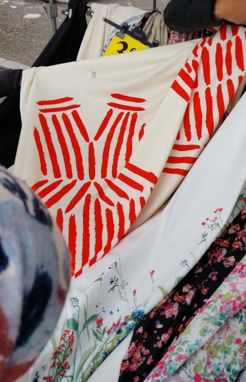 tissu-panneau-robe