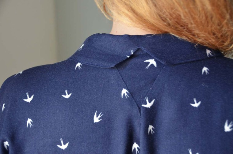 blouse parisette decoupe col hirondelles